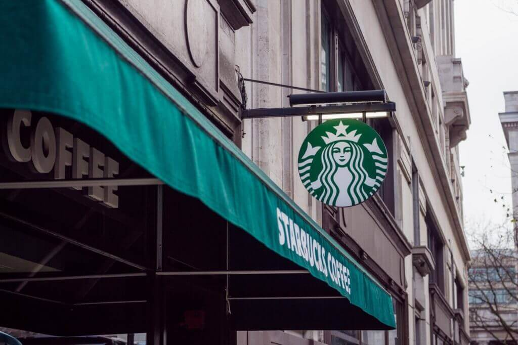starbucks franchise cost in india